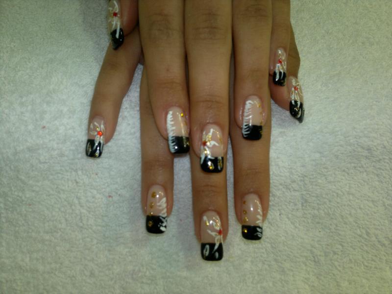 Decoración de uñas, un mundo por descubrir - femeninas.com