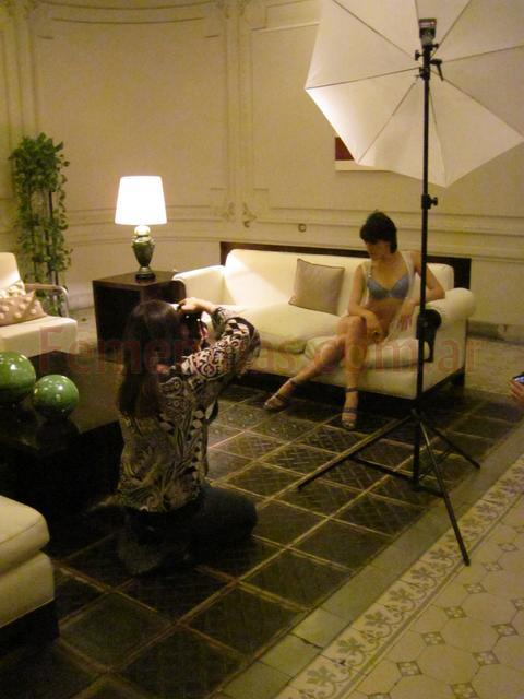 Backstage produccion moda calendario Femeninas 2012