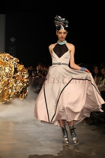 Desfile Amores Trash Couture