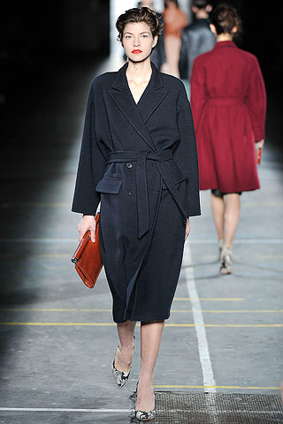 Piloto negro largo cruzado Dries Van Noten