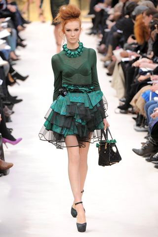 Remera manga larga falda tutu verde Louis Vuitton