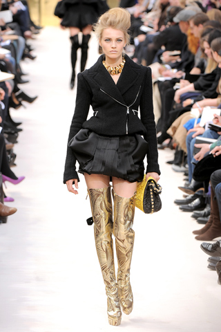 Spencer motoquero con cierres falda puf Louis Vuitton