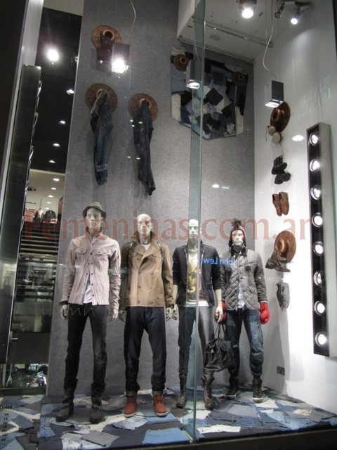 River Island Londres 2011