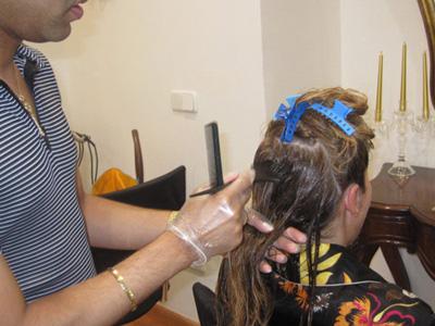 Black white peluqueros te muestra el paso a paso del - Como se aplica el microcemento paso a paso ...