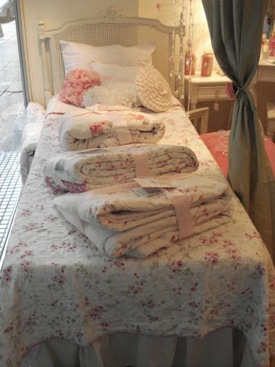 Crear el estilo de un dormitorio rom ntico - Dormitorio estilo romantico ...