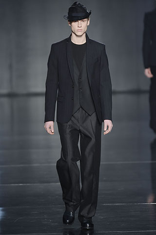 traje hombre costume national (7)