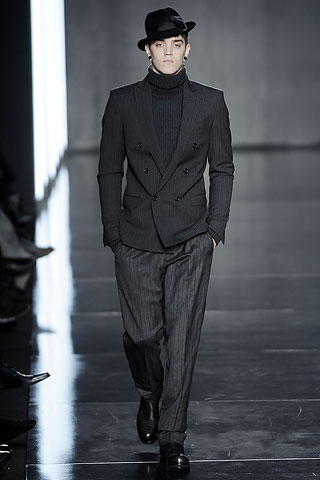 traje hombre costume national (8)