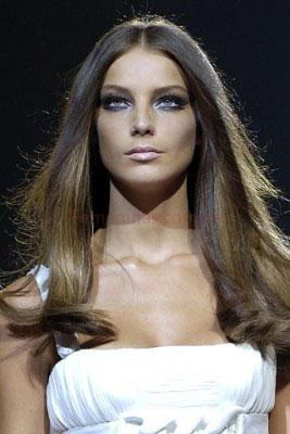 peinados pelo largo con movimiento moda