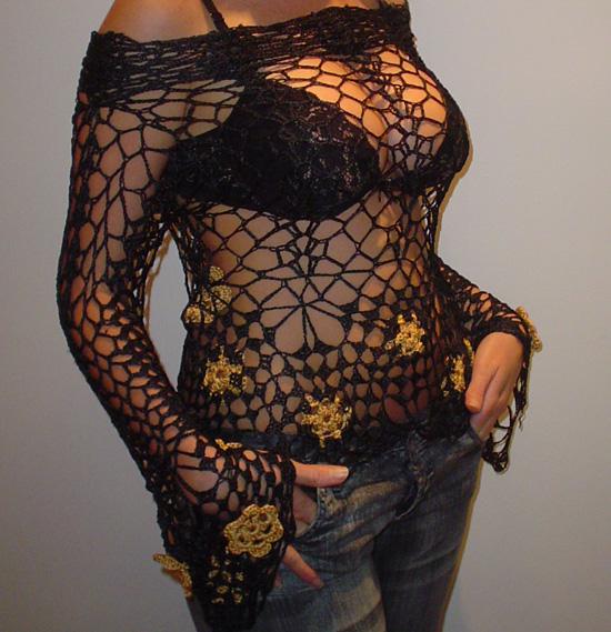 Sueter tejido a crochet en hilo negro