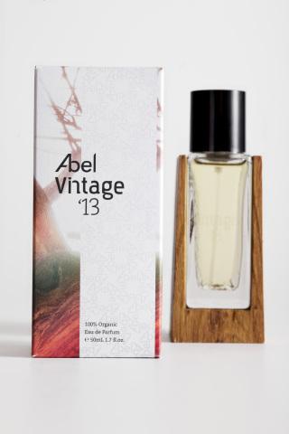 Bint- Suke presenta Abel Vintage´13   El primer perfume 100% Orgánico