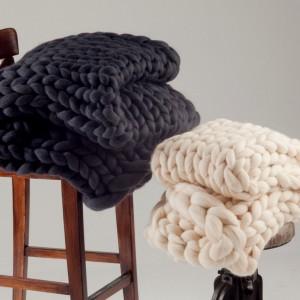Para hacerle frente al frío: Nuevos pies de cama de Silai Home Deco