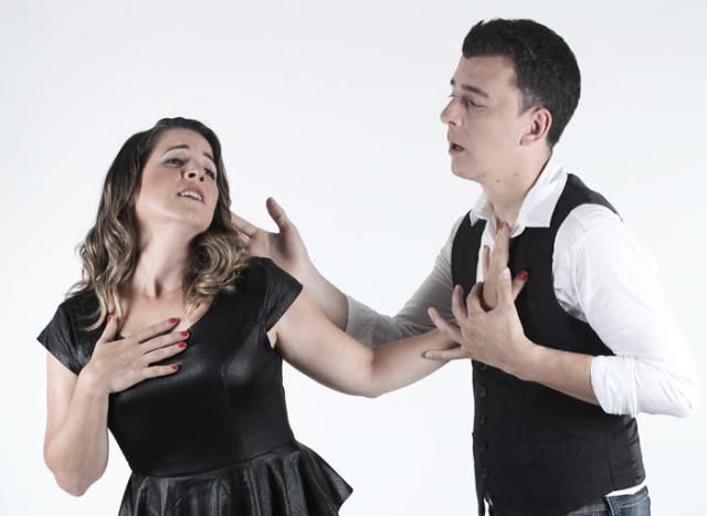 Valeria André presenta su comedia de humor ideal para parejas